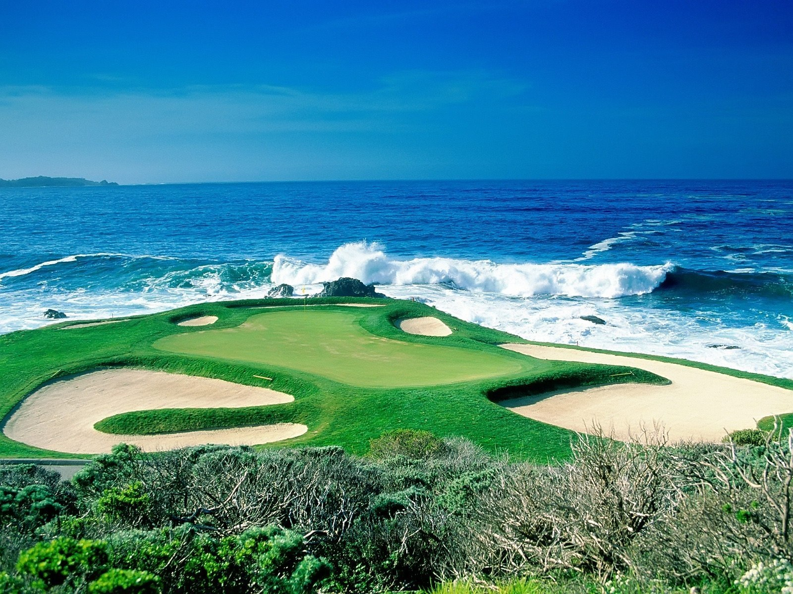 nicest golf courses in the world